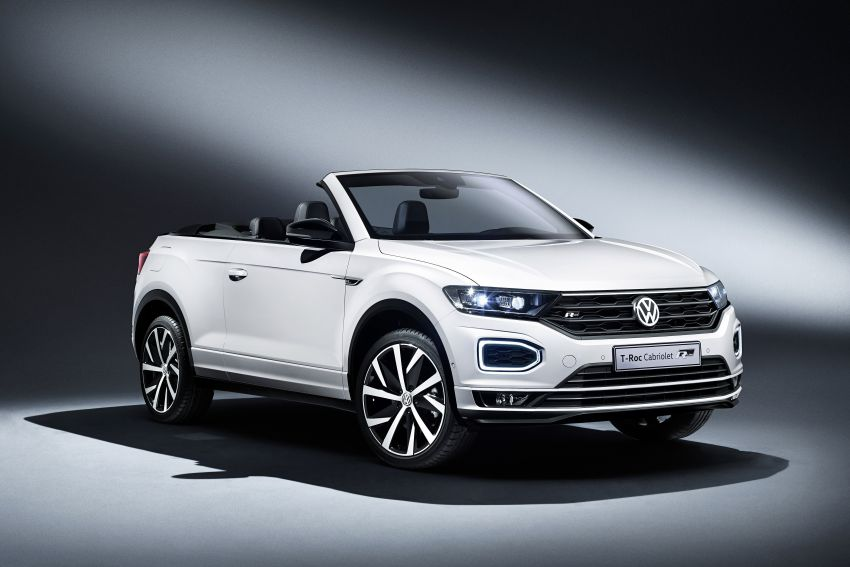 Volkswagen T-Roc Cabriolet – two petrol variants Image #1000768
