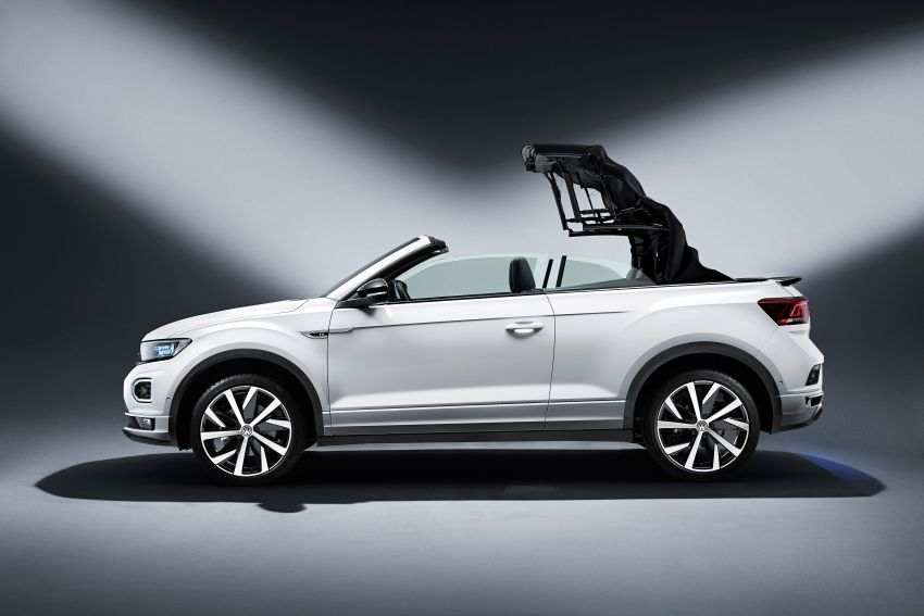 Volkswagen T-Roc Cabriolet – two petrol variants Image #1000777