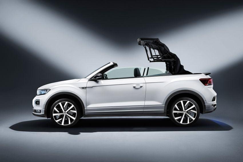Volkswagen T-Roc Cabriolet – two petrol variants Image #1000777