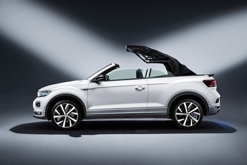 Volkswagen T-Roc Cabriolet – two petrol variants Image #1000778