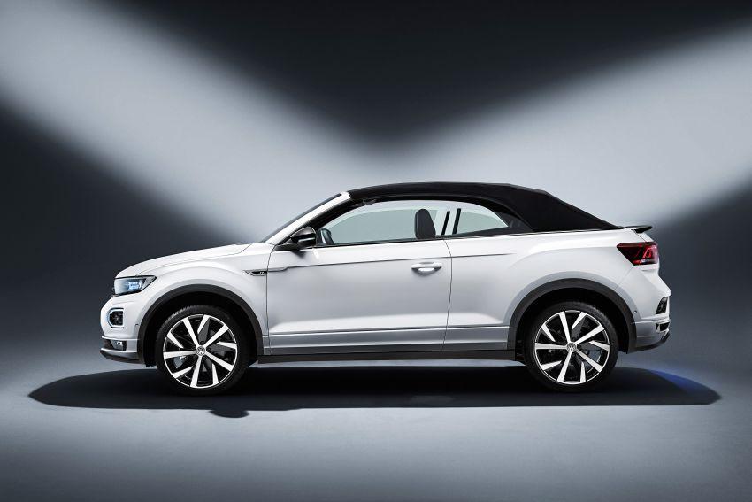 Volkswagen T-Roc Cabriolet – two petrol variants Image #1000779