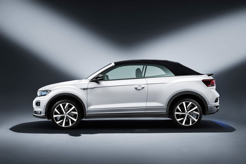 Volkswagen T-Roc Cabriolet – two petrol variants Image #1000780