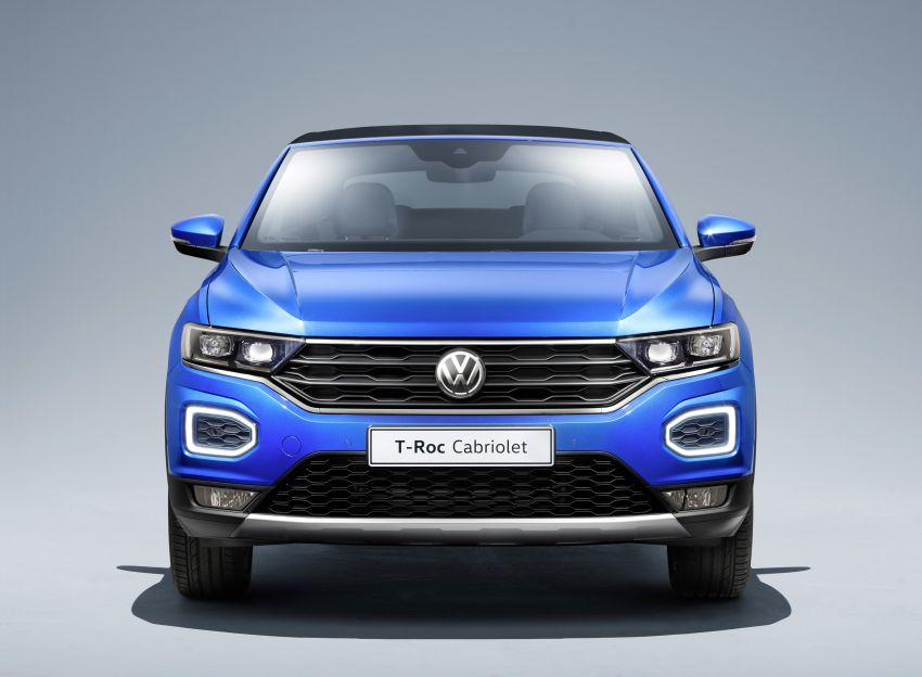 Volkswagen T-Roc Cabriolet – two petrol variants Image #1000812