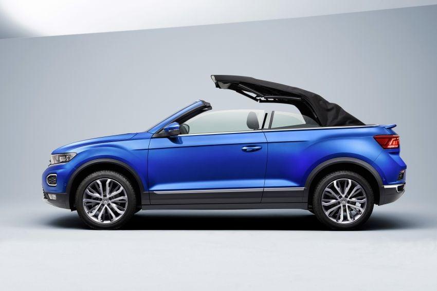 Volkswagen T-Roc Cabriolet – two petrol variants Image #1000817
