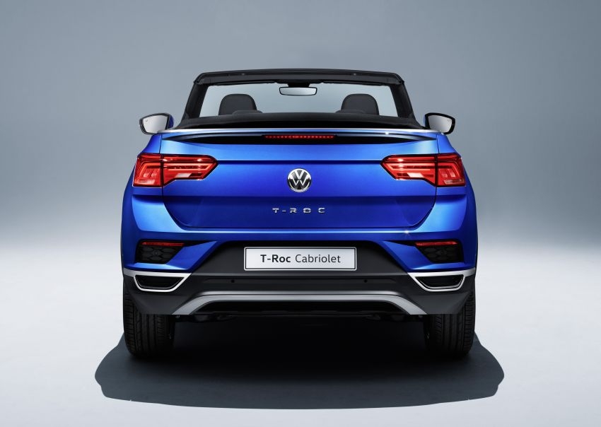 Volkswagen T-Roc Cabriolet – two petrol variants Image #1000831