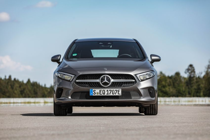W177 Mercedes-Benz A250e plug-in hybrid debuts – joined by A250e Sedan and B250e; 70-77 km EV range Image #1003444