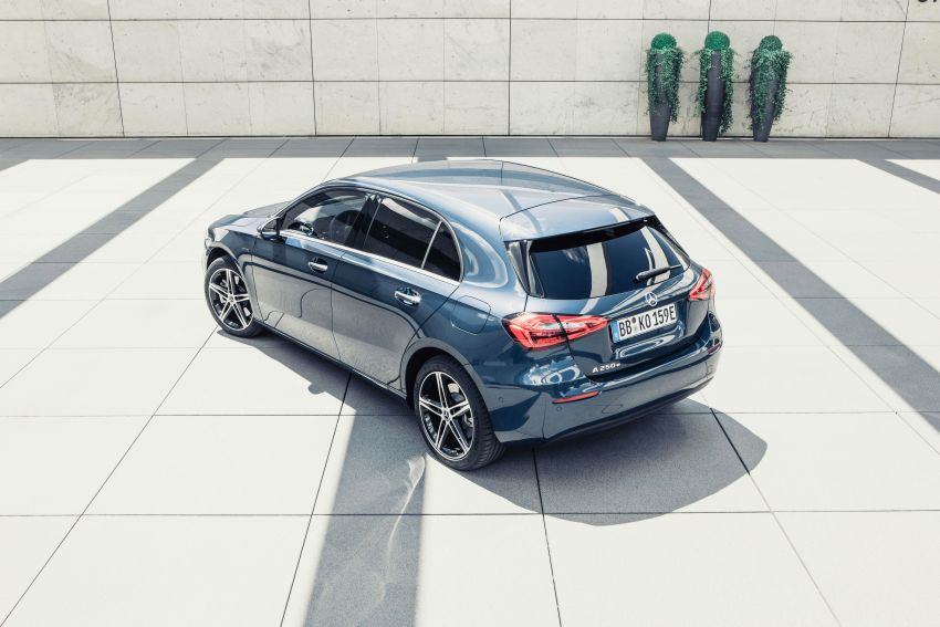 W177 Mercedes-Benz A250e plug-in hybrid debuts – joined by A250e Sedan and B250e; 70-77 km EV range Image #1003466
