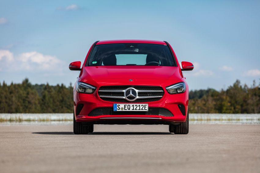 W177 Mercedes-Benz A250e plug-in hybrid debuts – joined by A250e Sedan and B250e; 70-77 km EV range Image #1003469