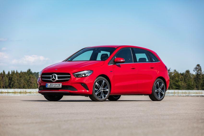 W177 Mercedes-Benz A250e plug-in hybrid debuts – joined by A250e Sedan and B250e; 70-77 km EV range Image #1003473