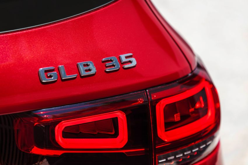 X247 Mercedes-AMG GLB 35 4Matic officially debuts – 302 hp and 400 Nm; zero to 100 km/h in 5.2 seconds Image #1008381