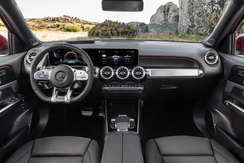 X247 Mercedes-AMG GLB 35 4Matic officially debuts – 302 hp and 400 Nm; zero to 100 km/h in 5.2 seconds Image #1008406