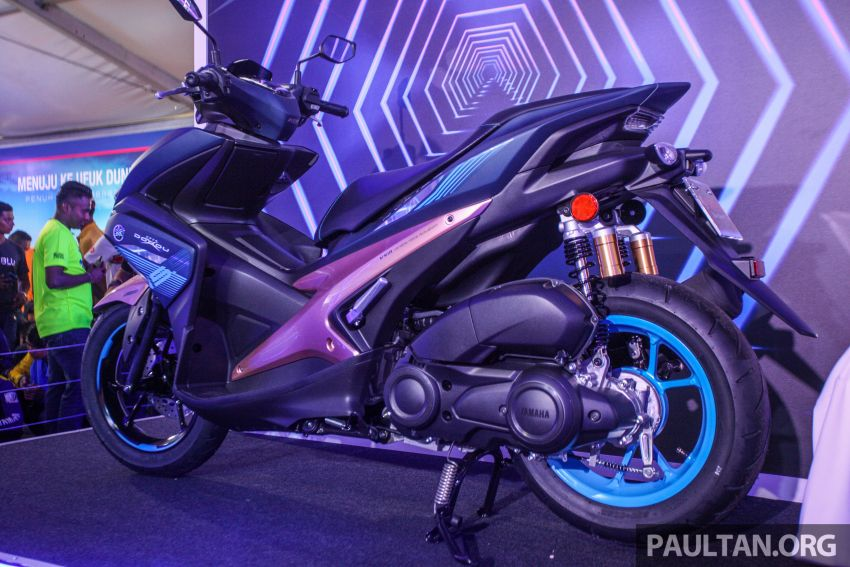 2019 Yamaha Y15ZR and NVX155 Doxou launched at Yamaha Gen Blu Carnival – price from RM8,868 Image #997153