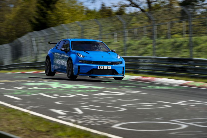 Lynk & Co 03 Cyan Concept breaks Nurburgring four-door and front-wheel-drive records with 7:20.143 lap Image #1005511