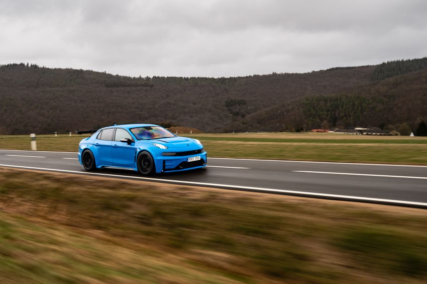 Lynk & Co 03 Cyan Concept breaks Nurburgring four-door and front-wheel-drive records with 7:20.143 lap Image #1005520