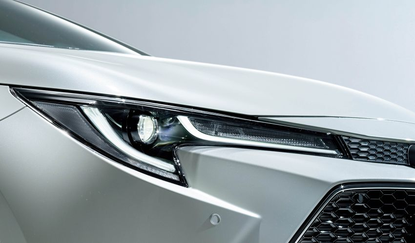 2019 Toyota Corolla officially goes on sale in Japan – three body styles; 1.8 NA, 1.2 turbo, 1.8 hybrid Image #1016072