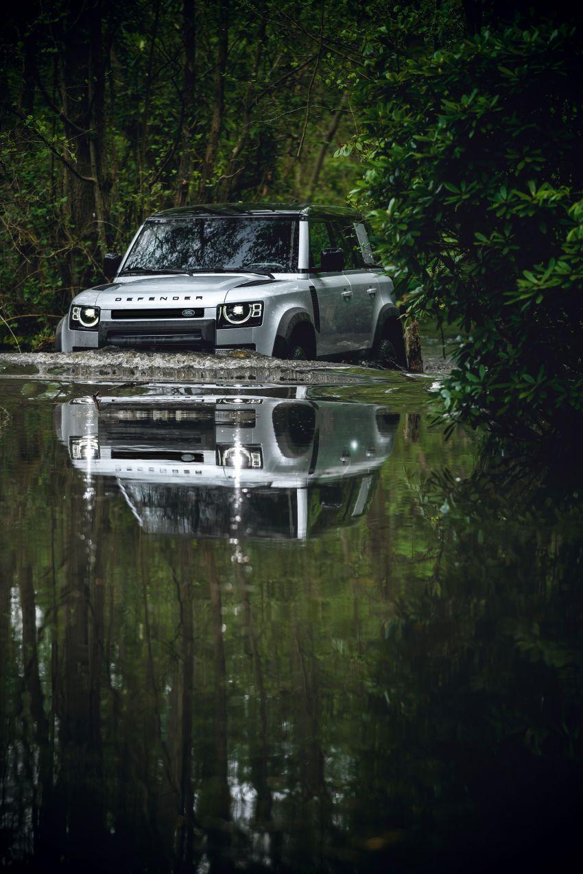 Land Rover Defender generasi baharu  muncul di Frankfurt 2019 – padat dengan segala teknologi terkini Image #1013809