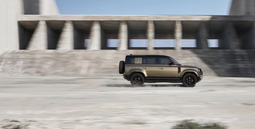 2020 Land Rover Defender debuts – aluminium monocoque, 3.0L mild-hybrid, OTA software support Image #1013206
