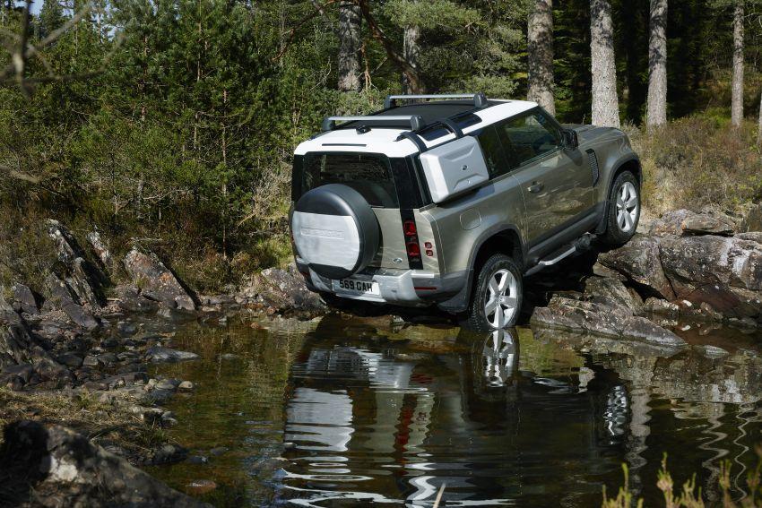 2020 Land Rover Defender debuts – aluminium monocoque, 3.0L mild-hybrid, OTA software support Image #1013216