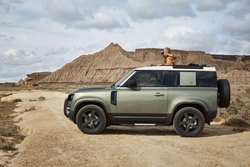 2020 Land Rover Defender debuts – aluminium monocoque, 3.0L mild-hybrid, OTA software support Image #1013221