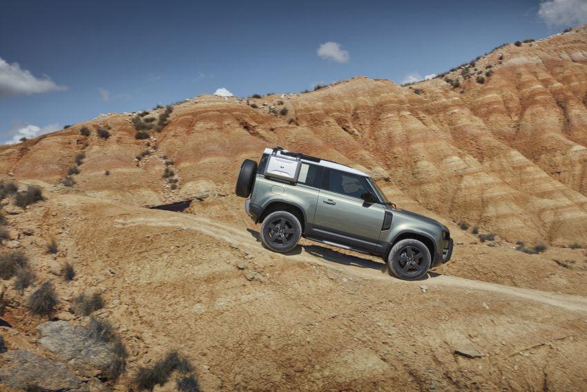 2020 Land Rover Defender debuts – aluminium monocoque, 3.0L mild-hybrid, OTA software support Image #1013222