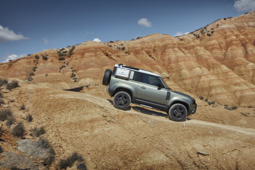 Land Rover Defender generasi baharu  muncul di Frankfurt 2019 – padat dengan segala teknologi terkini Image #1013710