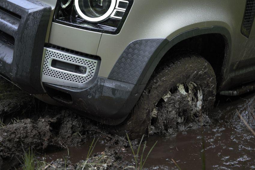 2020 Land Rover Defender debuts – aluminium monocoque, 3.0L mild-hybrid, OTA software support Image #1013238