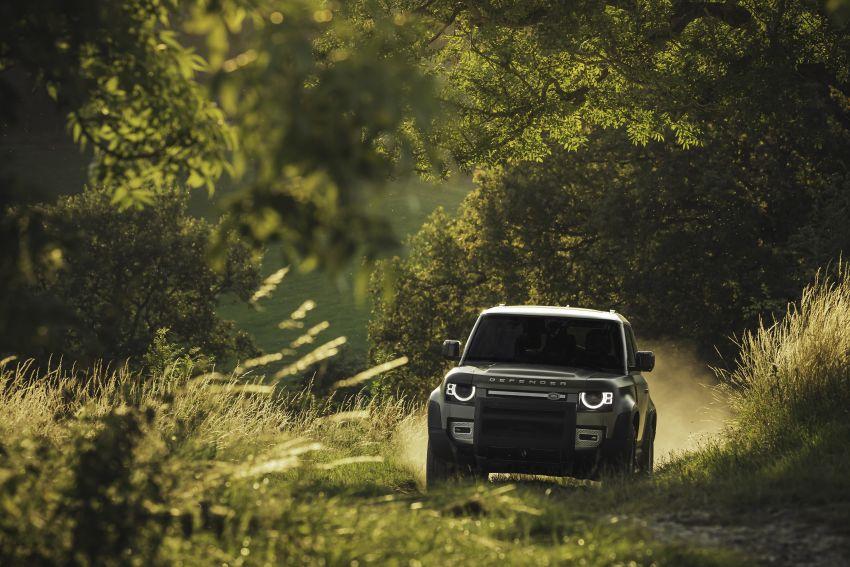 2020 Land Rover Defender debuts – aluminium monocoque, 3.0L mild-hybrid, OTA software support Image #1013242
