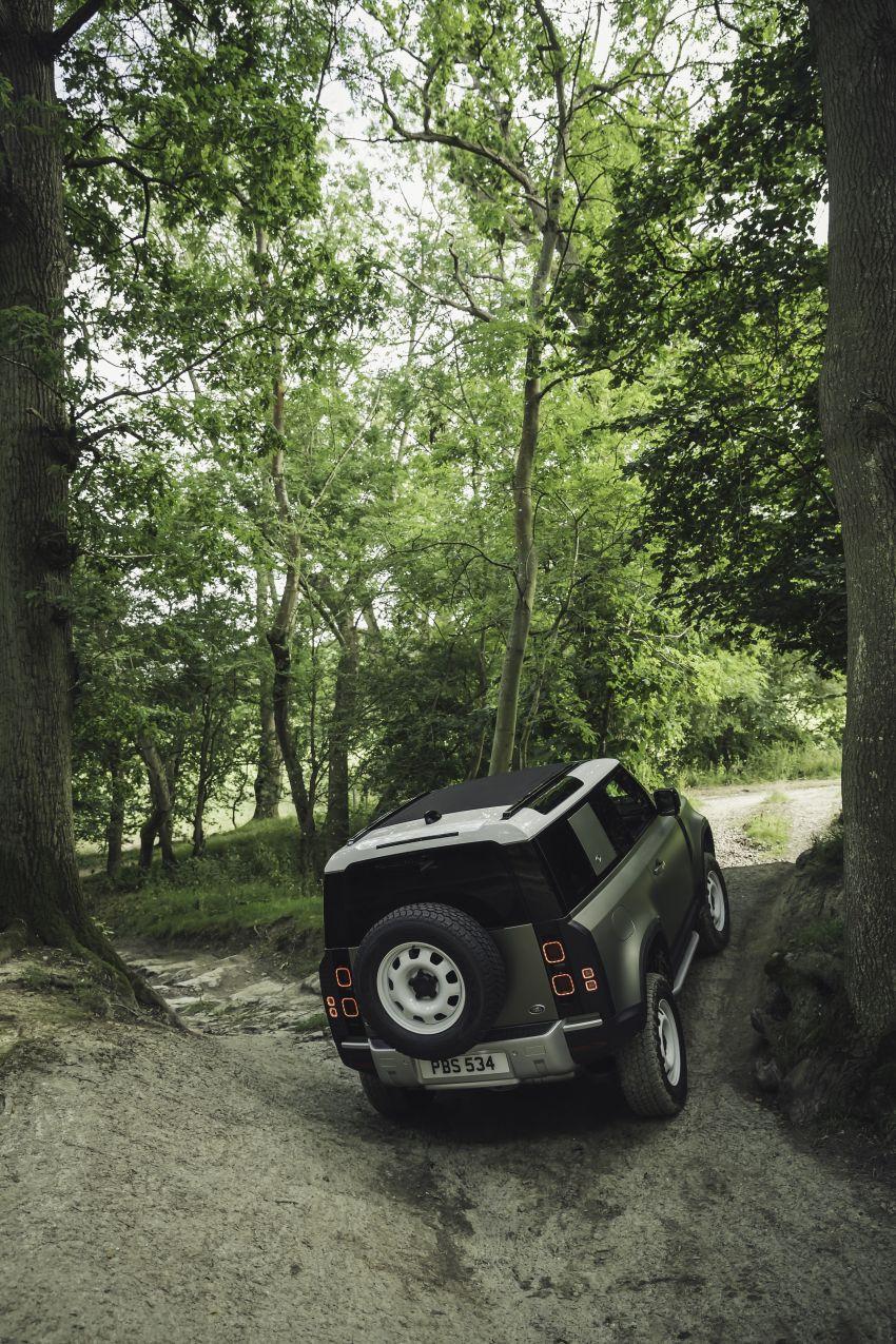 2020 Land Rover Defender debuts – aluminium monocoque, 3.0L mild-hybrid, OTA software support Image #1013253