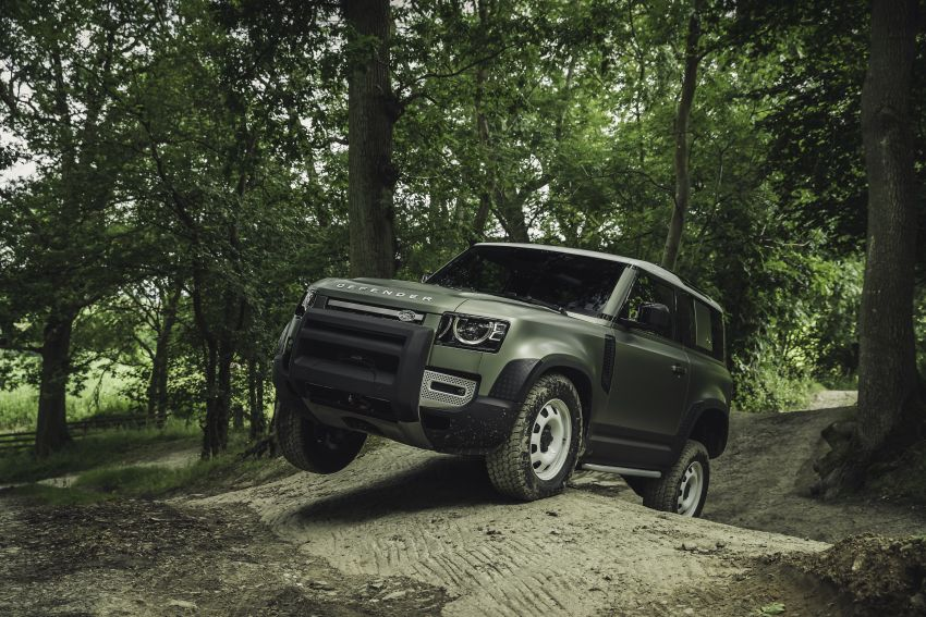 2020 Land Rover Defender debuts – aluminium monocoque, 3.0L mild-hybrid, OTA software support Image #1013254