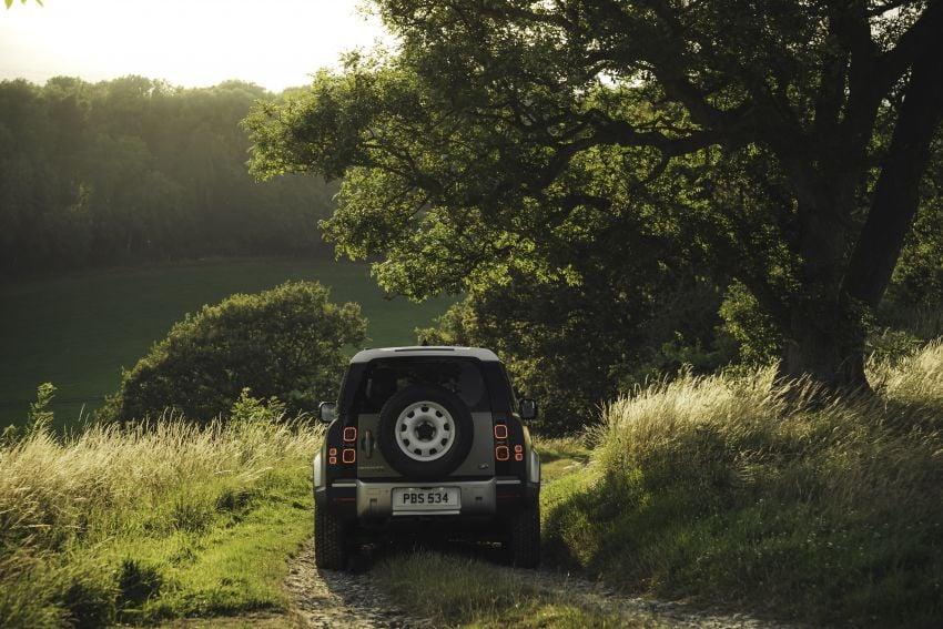 2020 Land Rover Defender debuts – aluminium monocoque, 3.0L mild-hybrid, OTA software support Image #1013256