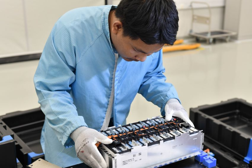 BMW Group Thailand commences local assembly of high-voltage batteries for plug-in hybrid models Image #1014764