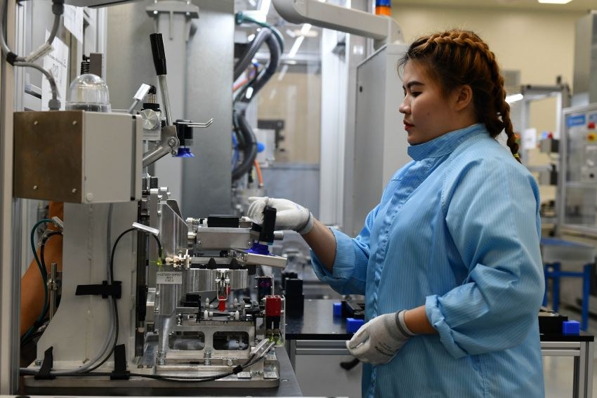 BMW Group Thailand commences local assembly of high-voltage batteries for plug-in hybrid models Image #1014755