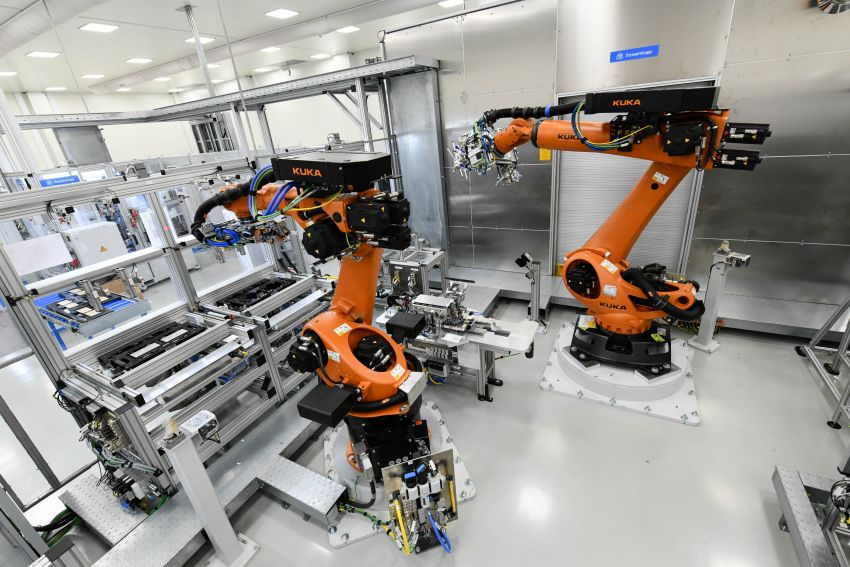 BMW Group Thailand commences local assembly of high-voltage batteries for plug-in hybrid models Image #1014758