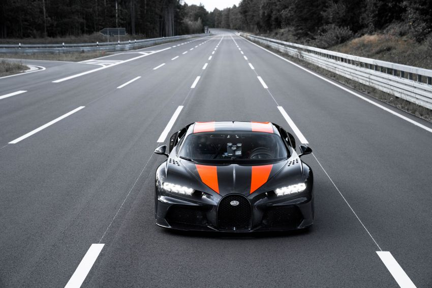 Bugatti Chiron is the new speed king – 490.484 km/h Image #1015909