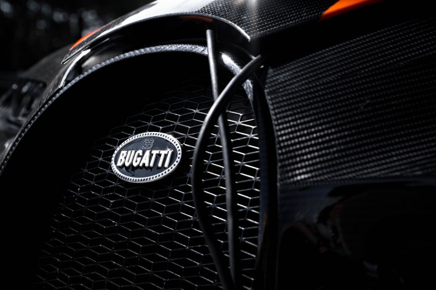 Bugatti Chiron is the new speed king – 490.484 km/h Image #1015939