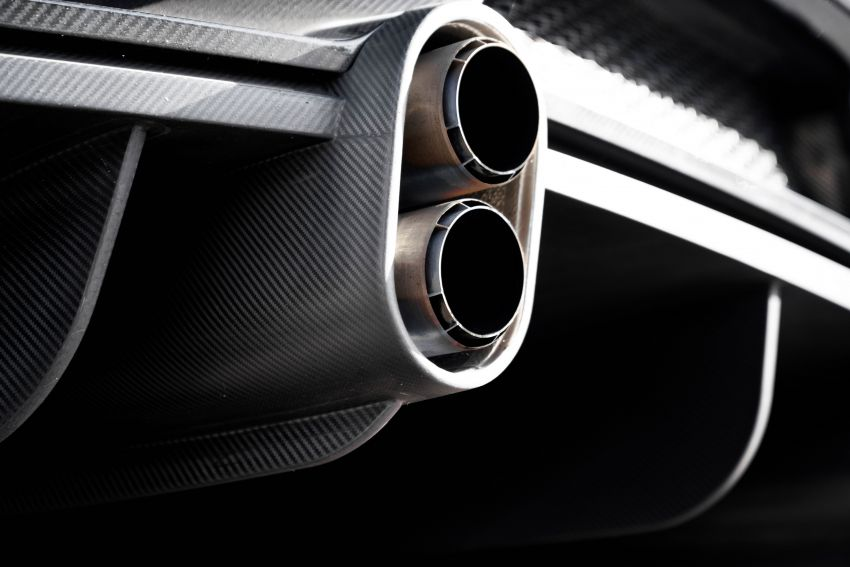 Bugatti Chiron is the new speed king – 490.484 km/h Image #1015941
