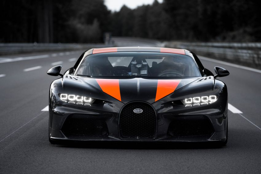 Bugatti Chiron is the new speed king – 490.484 km/h Image #1015913