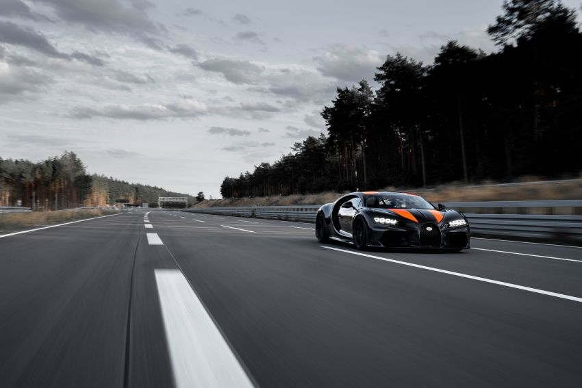 Bugatti Chiron is the new speed king – 490.484 km/h Image #1015923