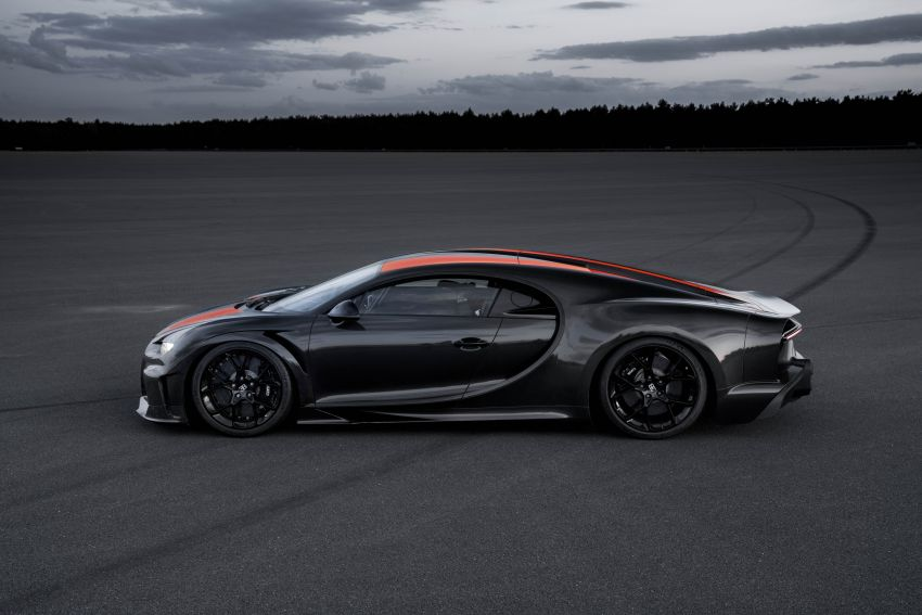 Bugatti Chiron is the new speed king – 490.484 km/h Image #1015927