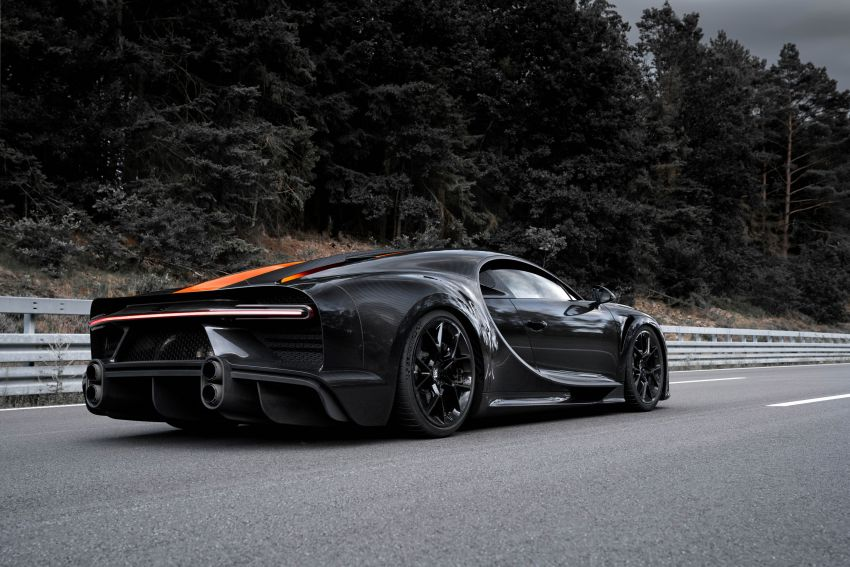 Bugatti Chiron is the new speed king – 490.484 km/h Image #1015930