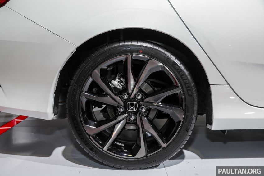 Honda Civic facelift previewed in Malaysia – now with Honda Sensing, boot spoiler and 18-inch alloy wheels Image #1022939