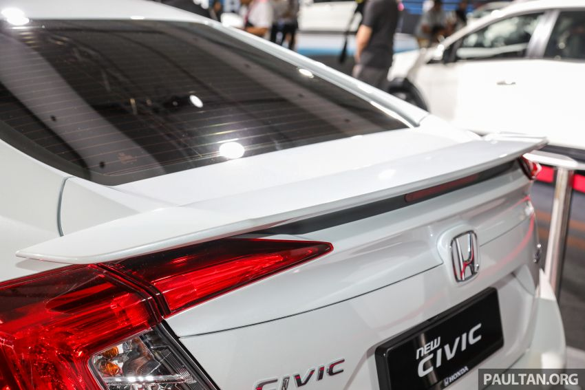 Honda Civic facelift previewed in Malaysia – now with Honda Sensing, boot spoiler and 18-inch alloy wheels Image #1022920