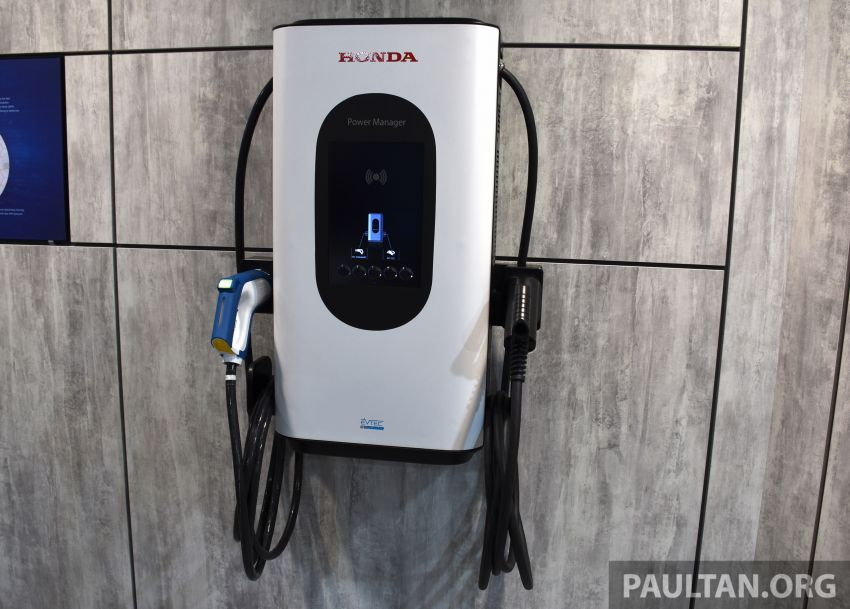 Honda e on display at the 2019 Frankfurt Motor Show – two outputs; priced from RM136,108 in Germany Image #1013896