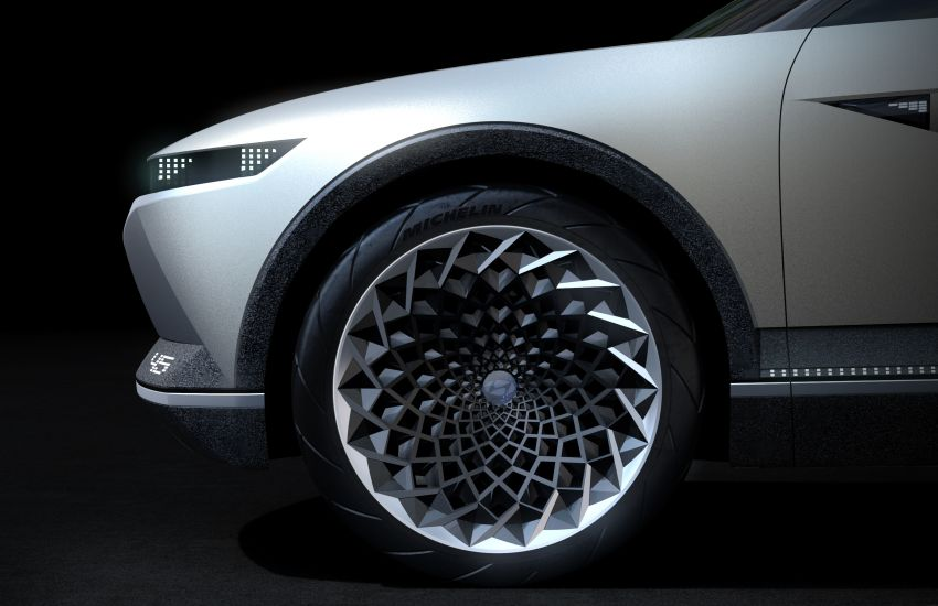 Hyundai 45 EV Concept unveiled at the Frankfurt show Image #1013624