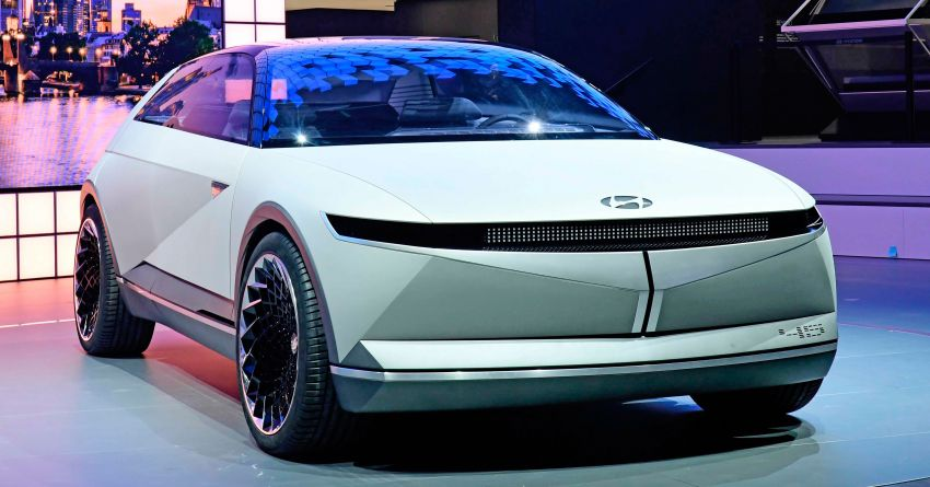 Hyundai 45 EV Concept unveiled at the Frankfurt show Image #1013628