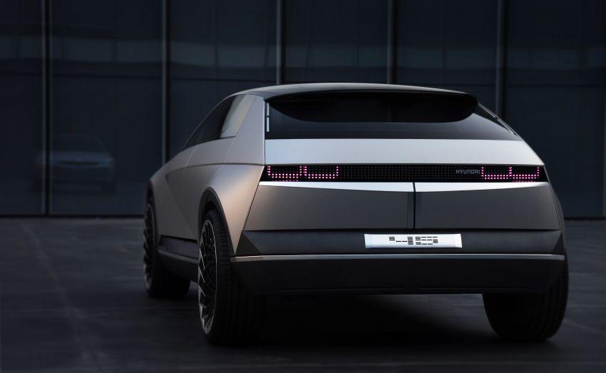 Hyundai 45 EV Concept unveiled at the Frankfurt show Image #1013598