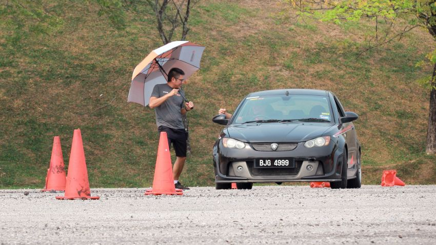 MSF-R3 Lady Racers Search and Mentor Programme – participants taught car control, on-the-limit handling Image #1014736
