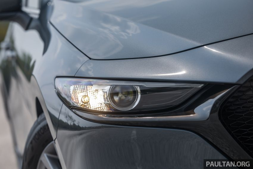 FIRST DRIVE: 2019 Mazda 3 Hatchback and Sedan – good car, but are those premium aspirations justified? Image #1017638