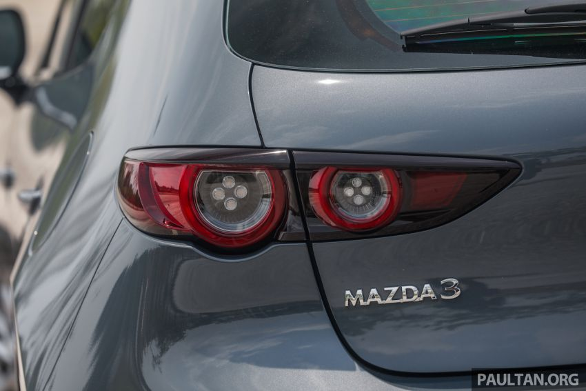 FIRST DRIVE: 2019 Mazda 3 Hatchback and Sedan – good car, but are those premium aspirations justified? Image #1017651