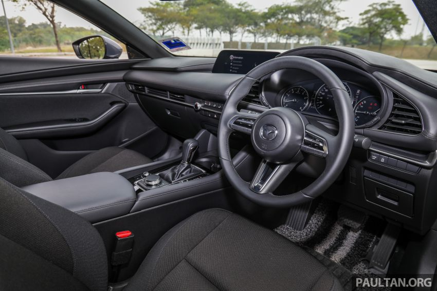FIRST DRIVE: 2019 Mazda 3 Hatchback and Sedan – good car, but are those premium aspirations justified? Image #1017662